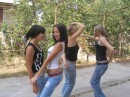 Танцы))