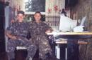 Когда-то в армии... Я и справа мой друг - Славик :)