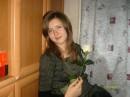 мои самые любимые цветы,белые розочки)