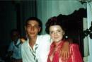 Это тот самый Гера или Гоблин :) и Алена У них типо выпускной а там дали спрятолься Зяблик, он Умеет танцивать как Майкл Джоксон