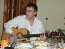 Пой же, пой на проклятой гитаре...мой последний единственный друг...