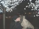 горячий поцелуй среди холодной зимы