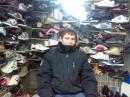 льоха в хачовском ларьке гы))))))он сам как хач))))))))