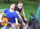 Мои друзья и два лучших вокалиста г. Харькова в одном лице.  В двух.  Третье лицо принадлежит моей собаке.