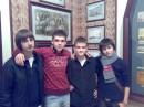 с лева направо розместились следуйщее персоны:Евгени,Я,Богдан,и Николас=) P.S.:лол