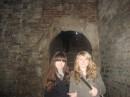 Я и Лидок....в старинном погребе))))