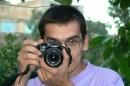 чтобы сфоткать фотографа нужен еще один фотограф :)