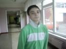 Люблю играть в футбол,гулять с нормальными девчёнками,онлайн игры короче )))