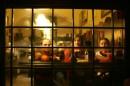 художественное фото... в старой кафешке.. а завтра уже домой...