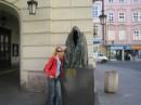 """Прага """"памятник плащу,который скрывает всё человеческое зло...."""""""