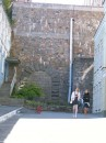 что-то мне подсказывает, что в древности здесь разрабатывались сверсекретные КГБшные метро-рудники. ДЕМОНЫ! ЗАМУРОВАЛИ!