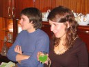 Обратите внимание на зелёное ракетное топливо в бокале у Тани...вот вам и последствия антиядерной программы. 27.02.2005