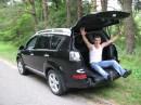 Пашик устроил экскурсию по багажнику :)))))
