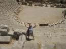 такие раньше были театры ;)