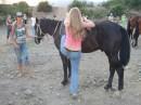 люблю кататься на лошадях!