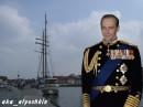 в Должности Адмирал,, он занялся политикоЙ,, и стал Президентом