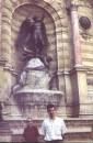 Парижский архангел Михаил(Сан Мишель по ихнему) мне очень понравился -очень классический и классный :-))). Наше позолоченное чудо в перьях на майдане выгядит аляповатой пародией 2002 год,Париж
