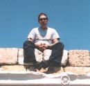...нО-гЫ крУ-кИ !!! ...мО-рдА Я-щЫк!!! :)))) Херсонез, Крым (2 мая 2005г.)