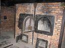 Печь, в которой сжигали трупы, после газовой камеры