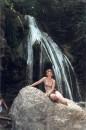 на фоне водопада Джур-джур