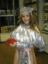 6-летняя Зореслава Чаванюк - настоящая новогодняя фея.