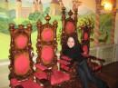 ну и кто здесь царь?:)на трон рядом претендуете?:)