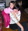 Вот как Настенька любит свою тетю) п.с.Октябрь 2008