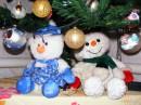 Снеговички исполняли роль Деда Мороза и Снегурочки