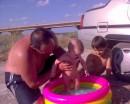 лето-а мы в басейне!