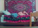 Лежу на кровате в хате сырой, Девчонки из чата общайтесь сомной.