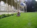 Карловы Вары. На зеленой на лужайке.