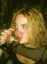 не легко быть свидетельницей на свадьбе,много пить приходиться