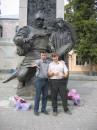 Дурачимся с кумом -изображаем летописца и мальчика Лубны,17 сентября 2005