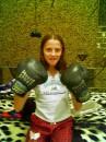 у меня в гостях сестра из Южной Америки, чемпионка своей страны по гимнастике...и не скажешь :)