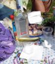 ...натюр-ВОДКА !!! :)))) ...вот ее родимую мы и кушали !!! :)))) Барабой, Одесская обл. (4 сентября 2005 г.)