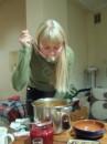 Ukrainskiy borw iz angliyskih produktov, zato s salom i s ukrainskim hlebom:)