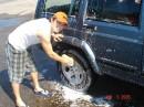 Ну кто ж еще тебя помоет... чужая машина?