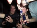 Много рук -  Одна бутылка! :)