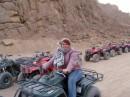 Вперёд на четырёхколёсном верблюде к бедуинам.