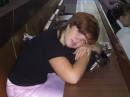 Девочка - скромняжка, засыпающая на парах)))))