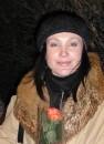 !Татьяна Сакура. Киев. ул.Б.Хмельницкого 2006-03-08 23-46 Таня, -10С и роза
