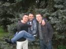 Я с друзьями в ботаническом саду.