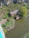 Я прыгнул с Банджи с самого высокого моста в Украине. Это где-то под 60 метров и 2,5 секунды свободного падения.  Дико страшно (поэтому-то и прыгнул). Пока меня вытащили - замерз.