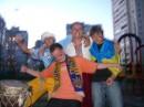 фан-клуб нашей сборной в моем дворе:) перед Украина-Италия:)