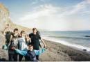 4.11.2001-я с друзьями-слаломистами в походе по крыму:) я в черной футболке и с вечной улыбкой:)
