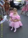 Это ещё одна принцесса на свадьбе!!