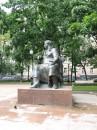 Памятник Крылову на Патриарших прудах