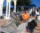 Надпись у обелиска: Отдыхающий Геракл.