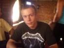 Это я в придорожном кафе Одесской трассы. Еду домой с моря. :(
