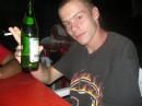 Я на дискотеке попиваю пивко...